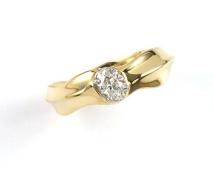 ring-gold-diamond