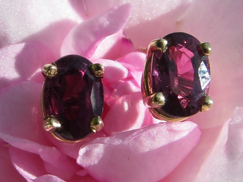 Ruby, Rubies, Fine Ruby, Fine Rubies, Earring, Earrings, Gold, Yellow Gold, 14Kt Yellow Gold, Providence, Jewelry Store, Jewelry, Jeweler, Fine Jewelry, Handmade, Custom, Platinum, Engagement, Wedding, Hegeman & Co.